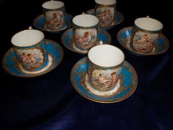 Porcelain coffee set, France of the XIX century. - photo 1