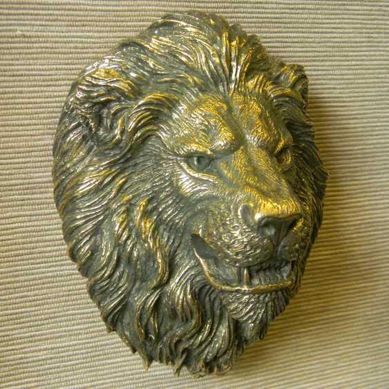 Pavel Zhukovsky. Lion - photo 1