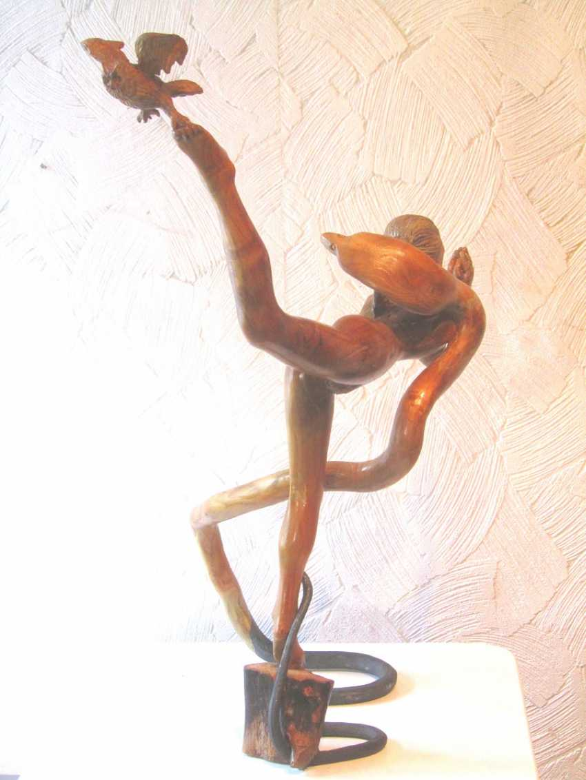 "Andrey Bulatov. The sculpture from a tree ""Meditation"" - photo 3"