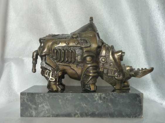 """Valeriy Leonov. """"Mechanical Rhino"""" - photo 1"""