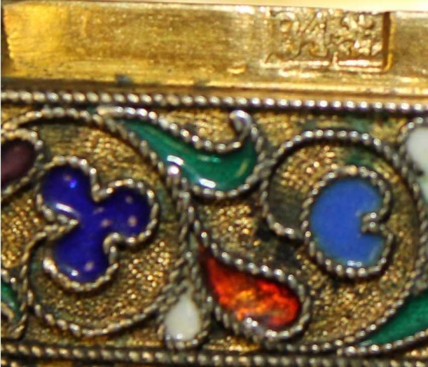silver Snuff-box with enamels - photo 2