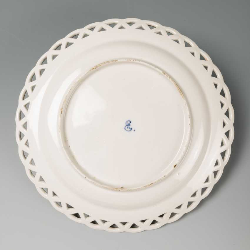 Porcelain plate IPE E II - photo 2