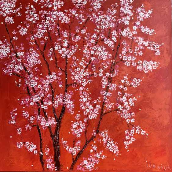 Elena Ivaniuk. Flowering plum - photo 1