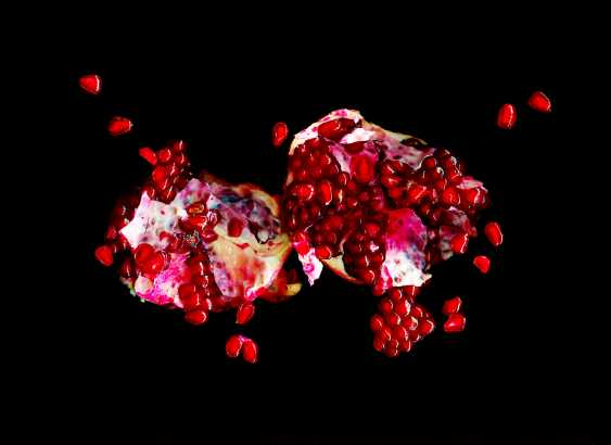Andrey Petrosyan. Pomegranate explosion - photo 1