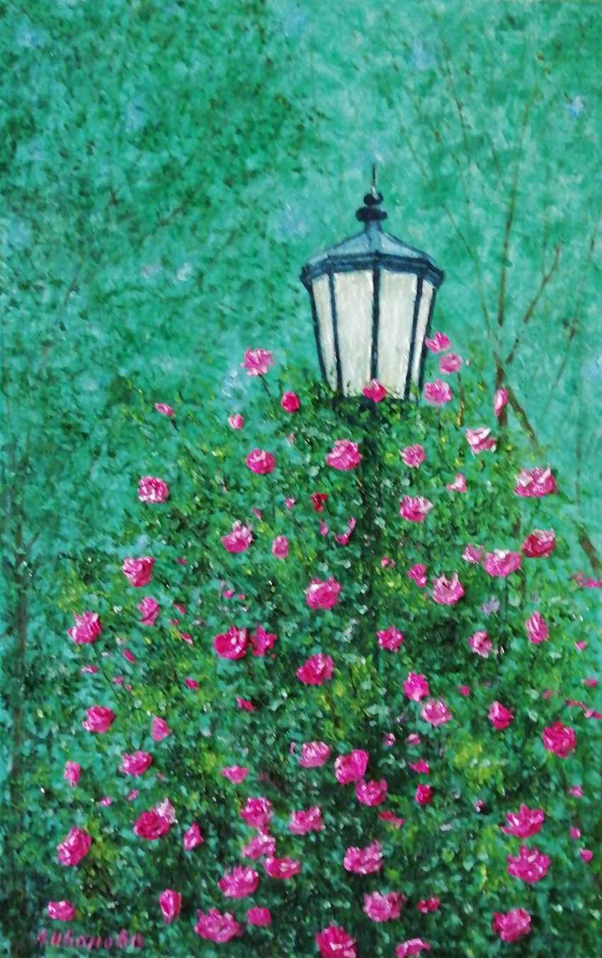 Lidiya Ivanova. Rose Bush. - photo 1