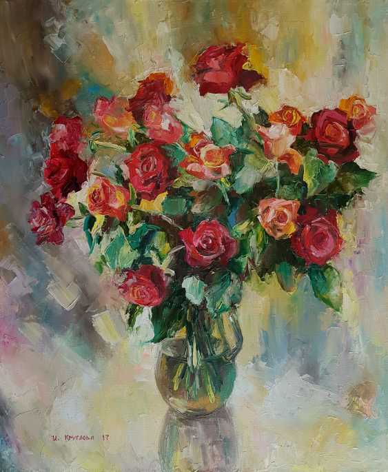 Irina Kruglova. Red roses in a vase - photo 1