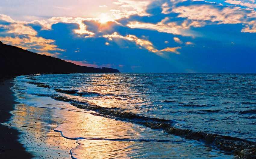 Andrey Petrosyan. Autumn sea - photo 1