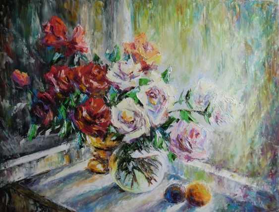Svetlana Kruglov. White and red roses - photo 1