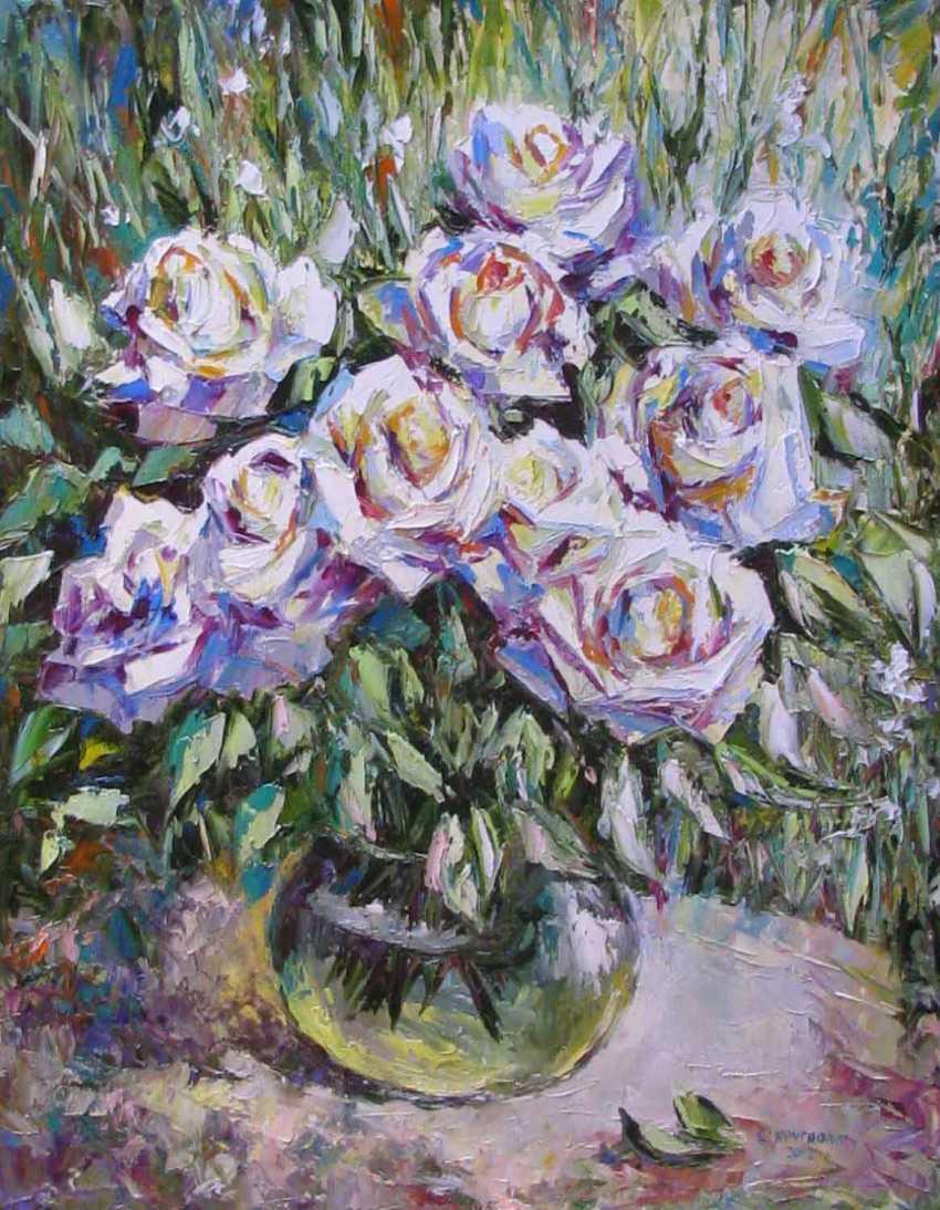 Светлана Круглова. Белые розы в саду - фото 1