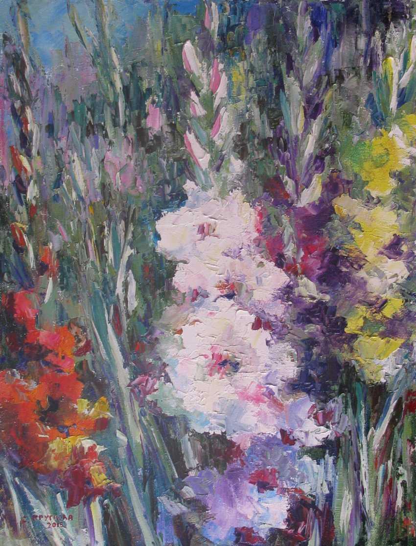 Svetlana Kruglov. Gladiolus in the garden - photo 1