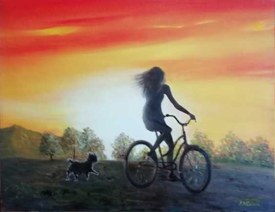 Lidiya Ivanova. The girl on the bike - photo 1