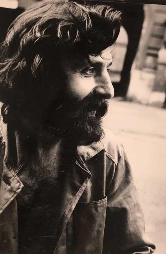 PORTRAIT OF A MAN - photo 2