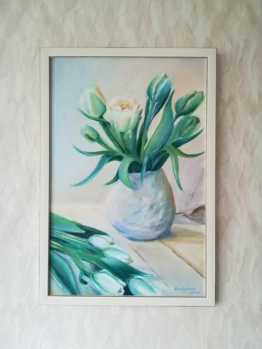 Ekaterina Koshukova. White tulips - photo 2