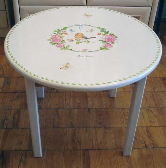 Irina Nevshupa. Coffee table with painting (solid alder) - photo 1