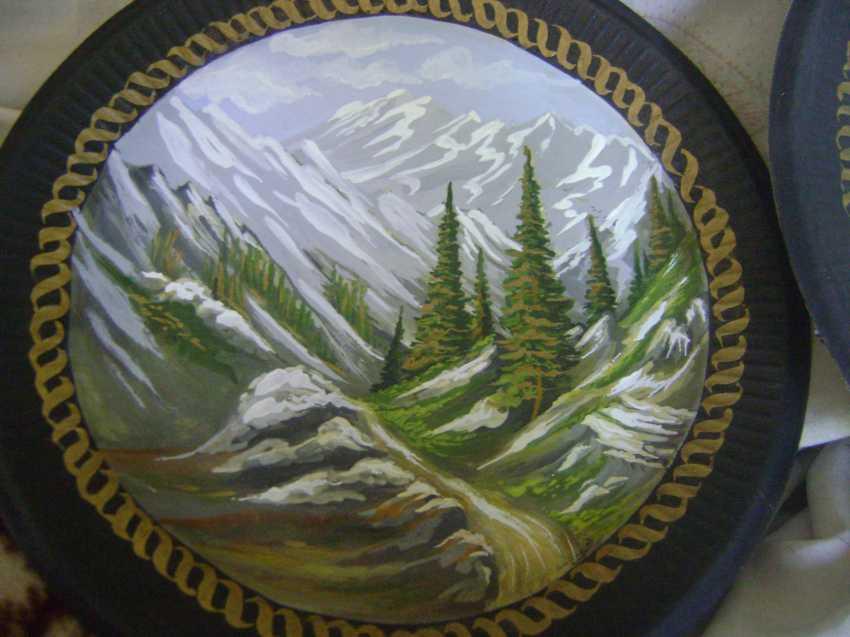 Lyudmila Kumaneva. Plates with painted - photo 1