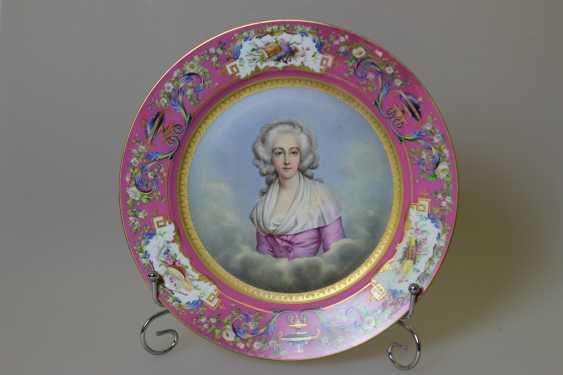 Dish Portrait Of Marie-Josephine Of Savoy - photo 1