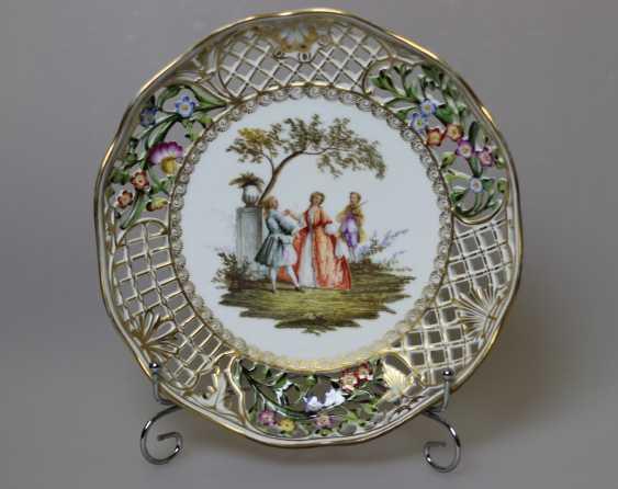 """Plate of """"Genre scenes"""" Meissen - photo 1"""