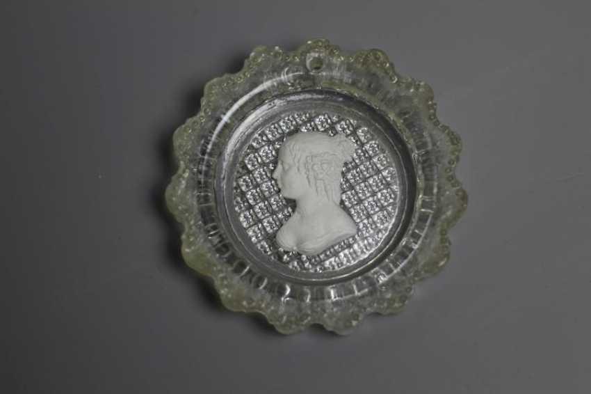 Glass sulphide Portrait of Marie de Rabutin-Chantal - photo 1
