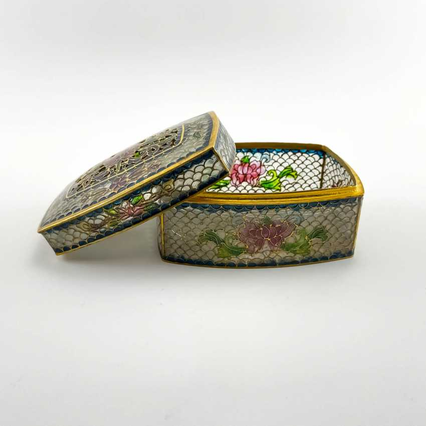 Jewelry box, rare technique of stained glass enamels, China, cloisonné, perfect condition - photo 3