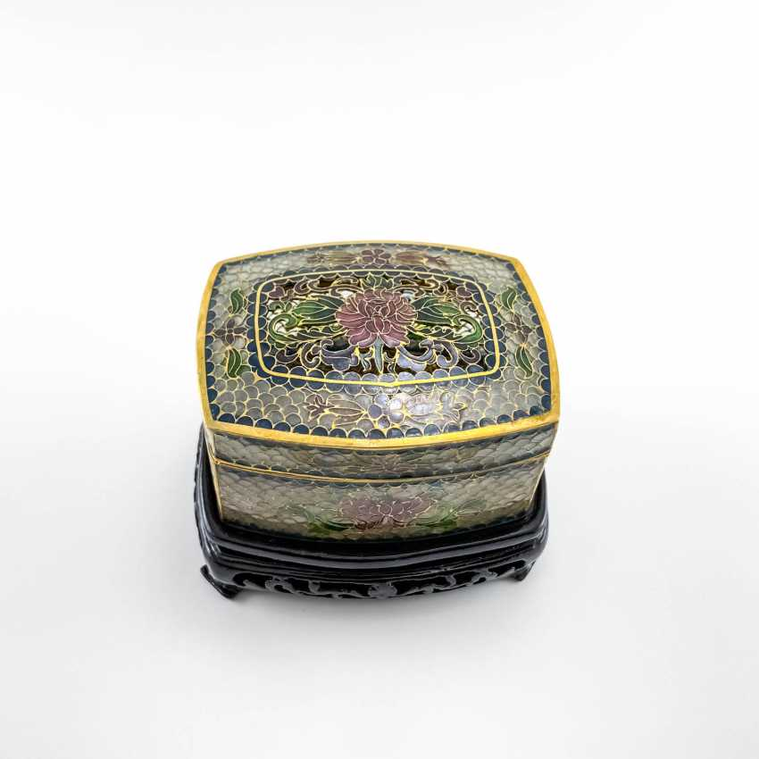 Jewelry box, rare technique of stained glass enamels, China, cloisonné, perfect condition - photo 4