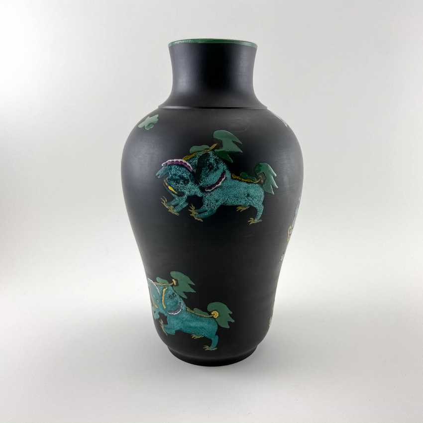 Rare Wedgwood vase with enamel, collection Kenlock Ware, England, 19th century biscuit porcelain, Wedgwood - photo 3