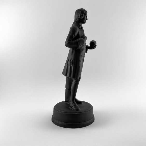 Statue of the founder of Wedgwood, England, biscuit, 1929-1969 years, perfect condition - photo 4