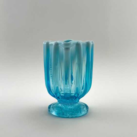 """The milkman of uranium glass """"643 Suite"""", England, the company is Davidson, perfect condition, 19th century - photo 2"""