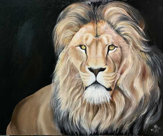 "Oksana Petrenko. ""Lion on black background"" - photo 2"