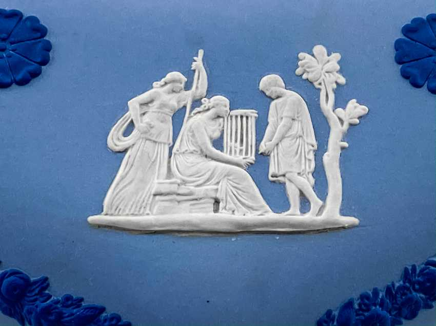 """Jewelry box Wedgwood """"Hesione"""". Neo-classicism, England, biscuit porcelain. 1974-1990 gg. - photo 4"""
