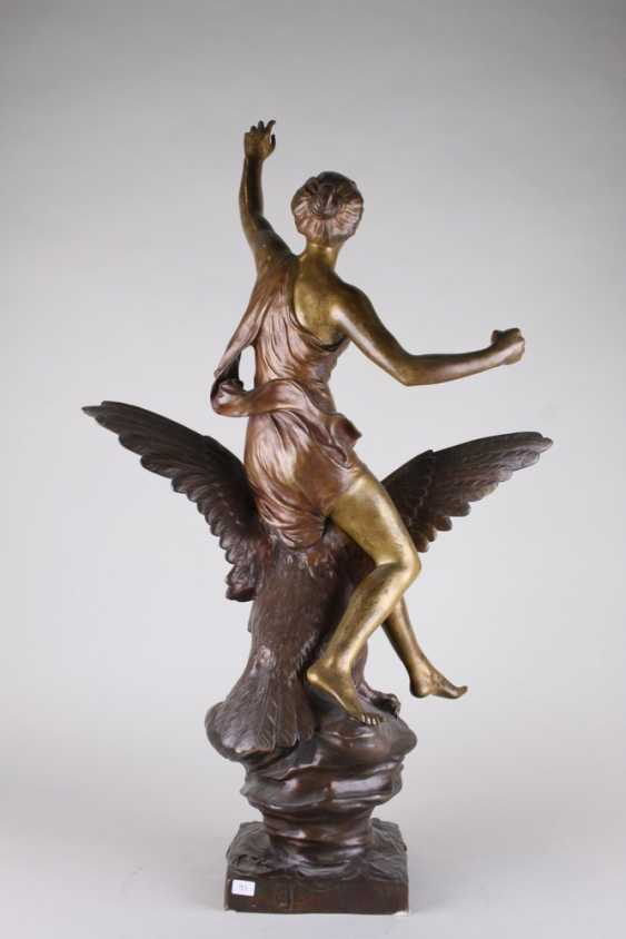 """A sculpture of """" Hebe and the eagle of Zeus."""" - photo 2"""