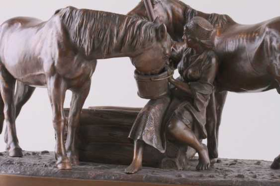 Sculpture of Cossack horses at the watering - photo 2