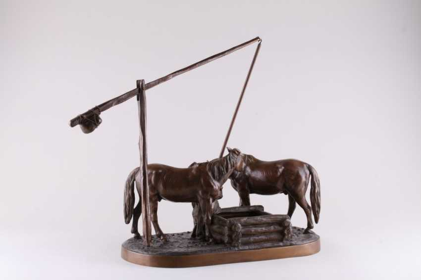 Sculpture of Cossack horses at the watering - photo 4
