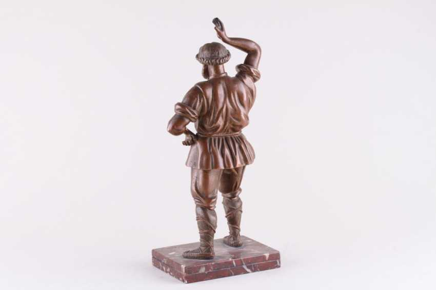 Sculpture Dancing man - photo 3