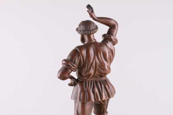Sculpture Dancing man - photo 4
