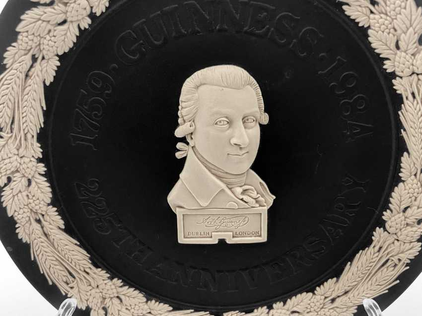 """Dish Wedgwood """"Guinness"""". Neo-classicism, England, biscuit porcelain, handmade. 1984 - photo 4"""