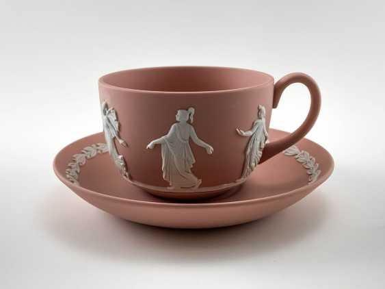 "A couple of tea Wedgwood ""Muse"". Neo-classicism, England, biscuit porcelain, handmade. 1974 - 1990. - photo 1"