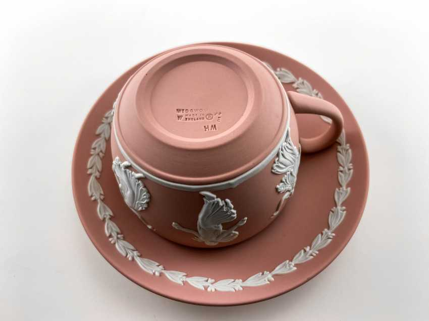 "A couple of tea Wedgwood ""Muse"". Neo-classicism, England, biscuit porcelain, handmade. 1974 - 1990. - photo 2"