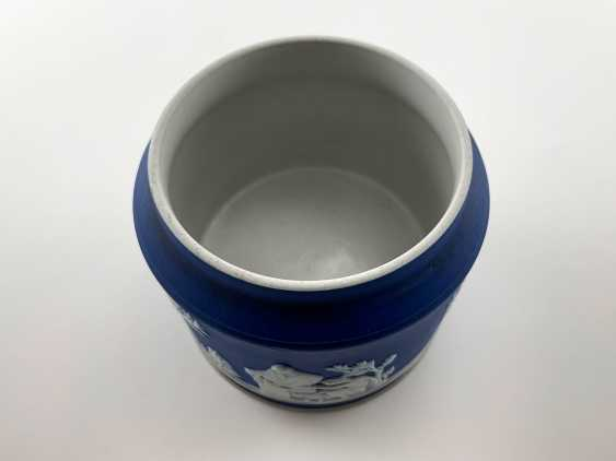"""Sugar Bowl Wedgwood """"Furniss & Sons"""". Neo-classicism, England, biscuit porcelain. 1908 - 1929. - photo 3"""