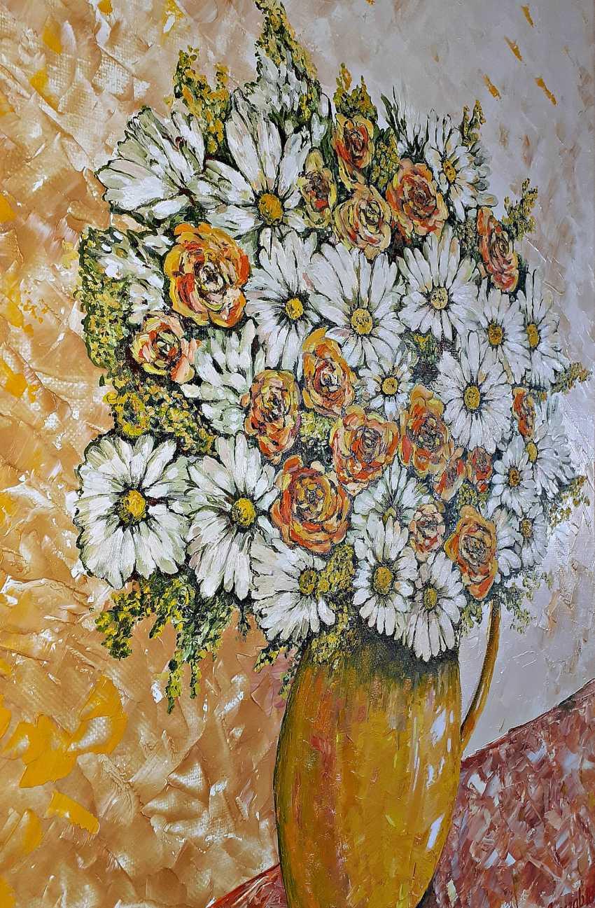 Vyacheslav IG. Garden flowers in a vase - photo 5