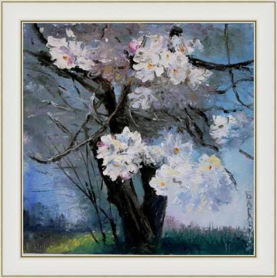 Nataliia Bahatska. The tree flowering. - photo 2