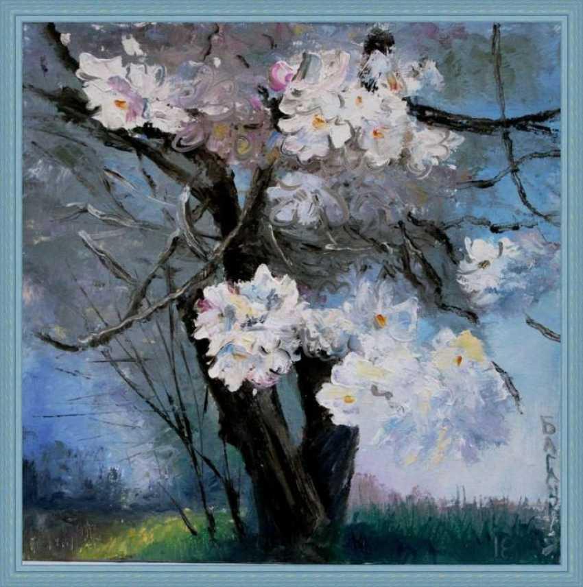 Nataliia Bahatska. The tree flowering. - photo 4