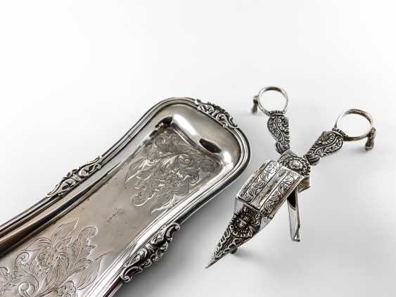 "Candle scissors - mosity ""William Briggs"". England, Baroque, silver, 1828 - 1862 - photo 2"
