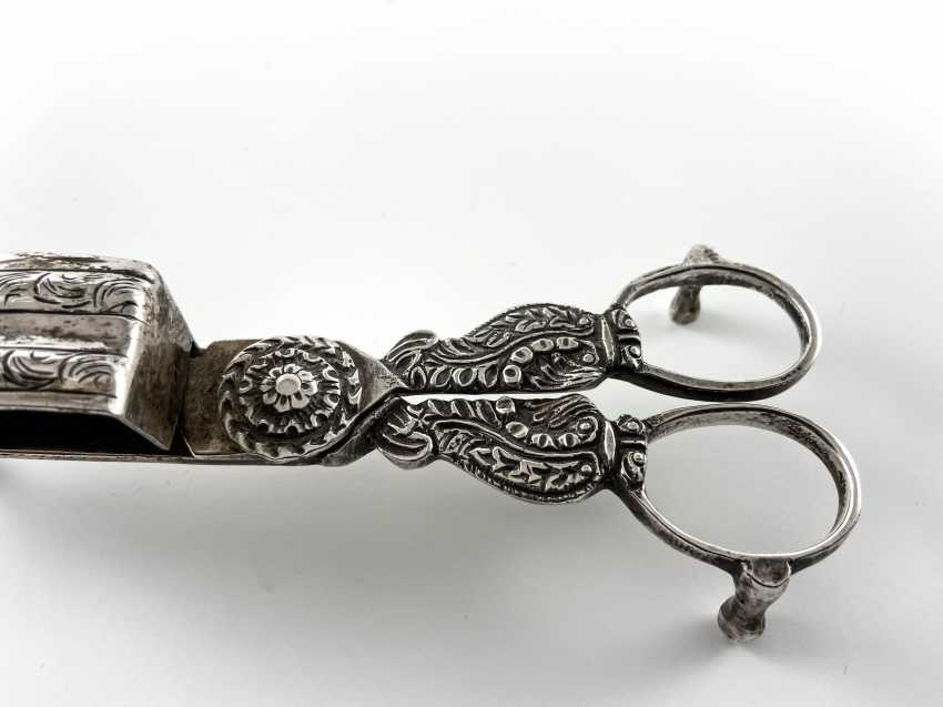 "Candle scissors - mosity ""William Briggs"". England, Baroque, silver, 1828 - 1862 - photo 3"