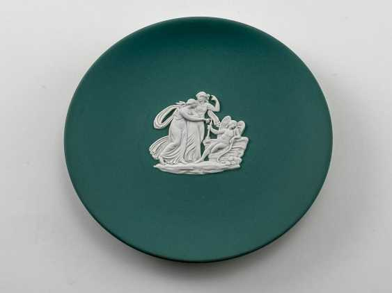 "Saucer for jewelry Wedgwood ""Teorico"". Neo-classicism, England, biscuit porcelain. 1984 - photo 1"