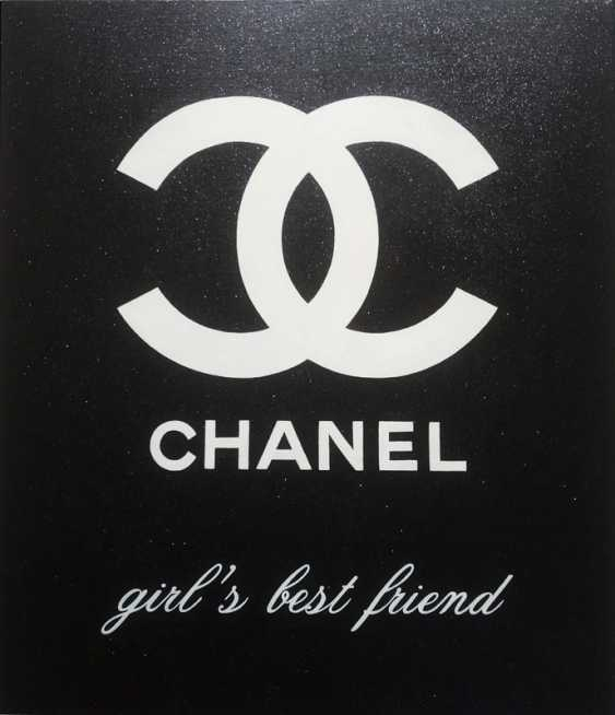 Marina Rusalka. Chanel - the girl's best friend - with sequins! / Chanel is a girl's best friend forever - With Shining Sparkles - photo 1