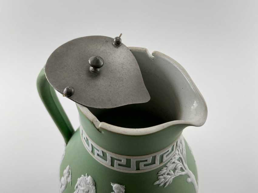 """Jug Wedgwood """"Meander"""". Neo-classicism, England, biscuit porcelain, 1860-1891 years. - photo 3"""