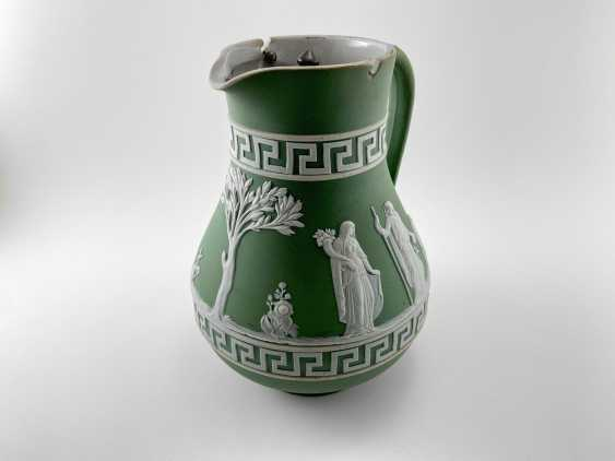 """Jug Wedgwood """"Meander"""". Neo-classicism, England, biscuit porcelain, 1860-1891 years. - photo 4"""