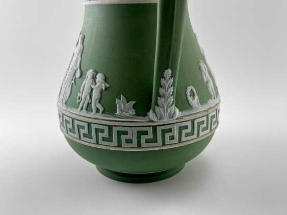 """Jug Wedgwood """"Meander"""". Neo-classicism, England, biscuit porcelain, 1860-1891 years. - photo 5"""