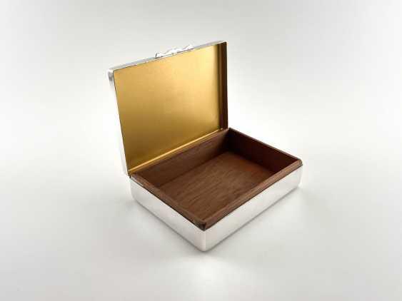 "Box-humidor ""Aristocrat"". England, Harman Brothers, silver, 1921 - 1965. - photo 2"