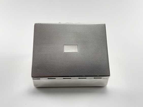 "Box-humidor ""Aristocrat"". England, Harman Brothers, silver, 1921 - 1965. - photo 3"